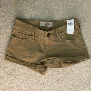 Khaki Hollister Shorts (0)